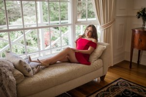 Maria-manuela escort girls
