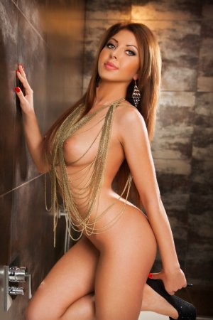 Arielle independent escorts