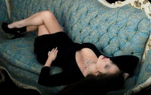 Laurente independent escort in Johnstown