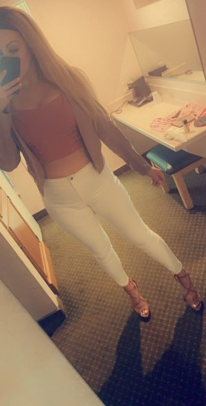 Edeltraud live escort in Madison Heights Virginia