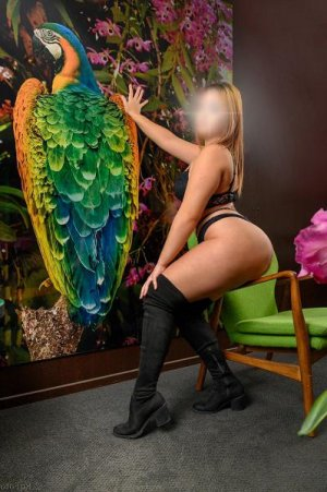 Enaïa incall escort in Hilliard
